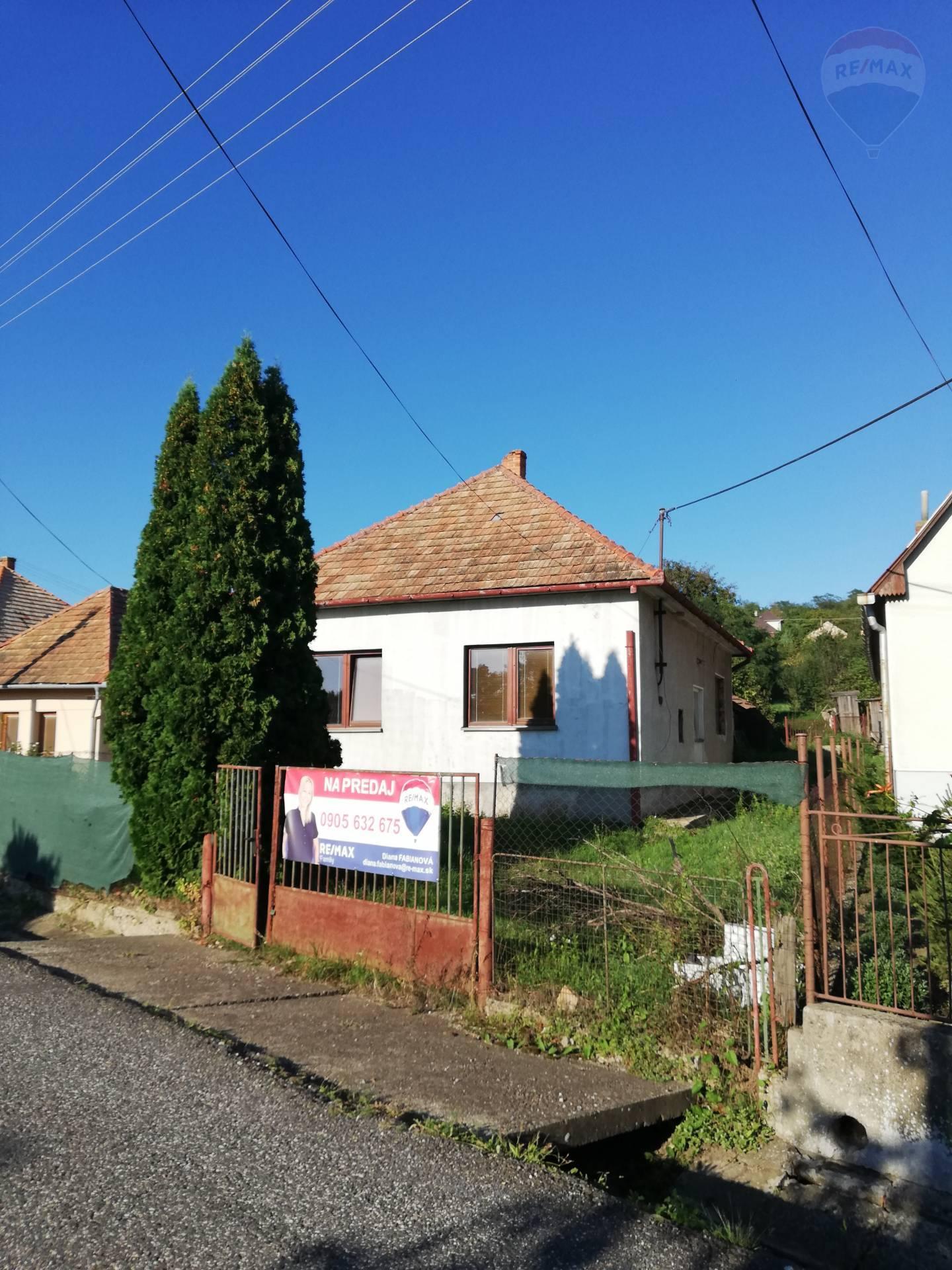 predaj rodinný dom Čaka