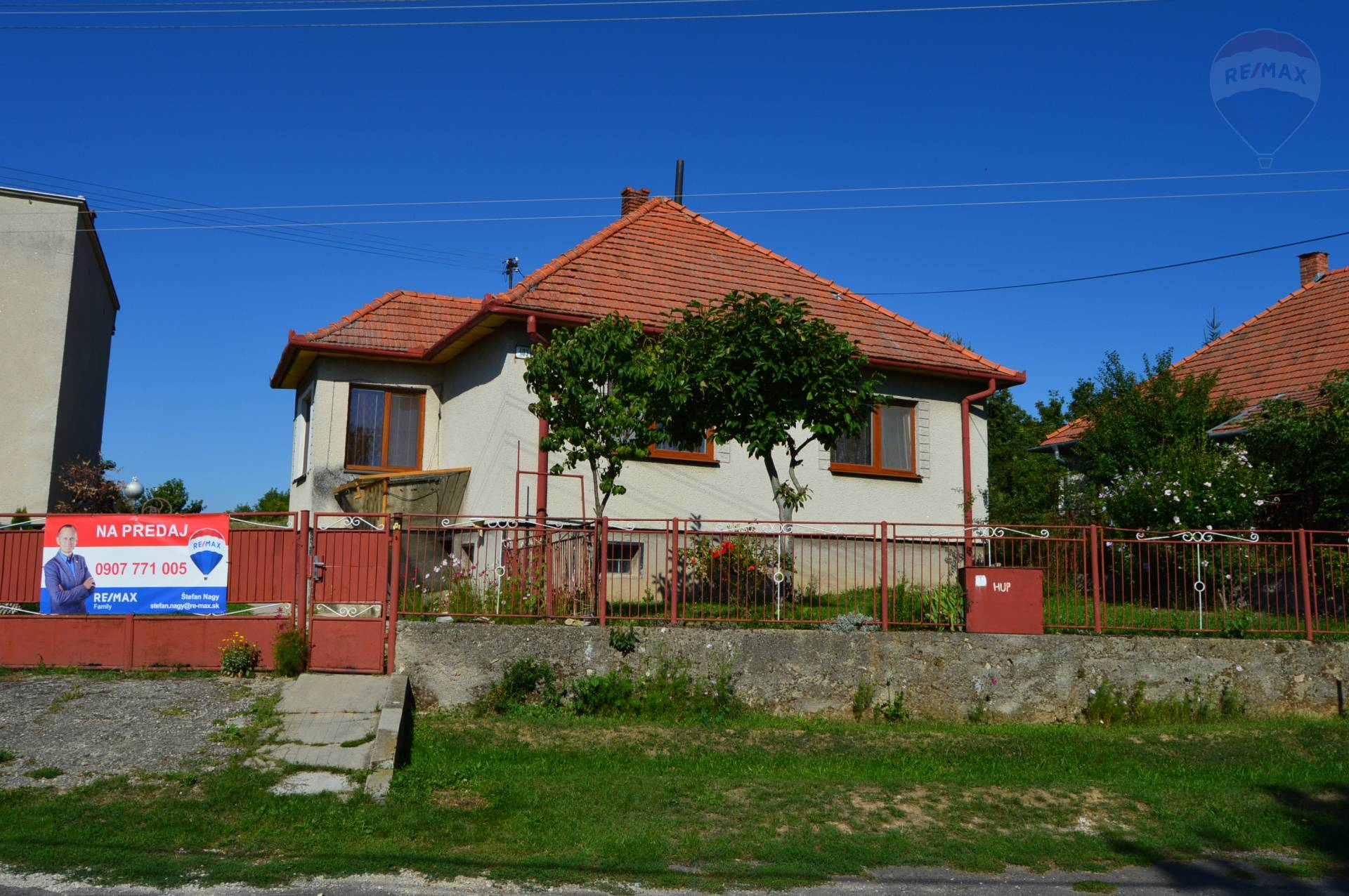 predaj rodinný dom Sľažany