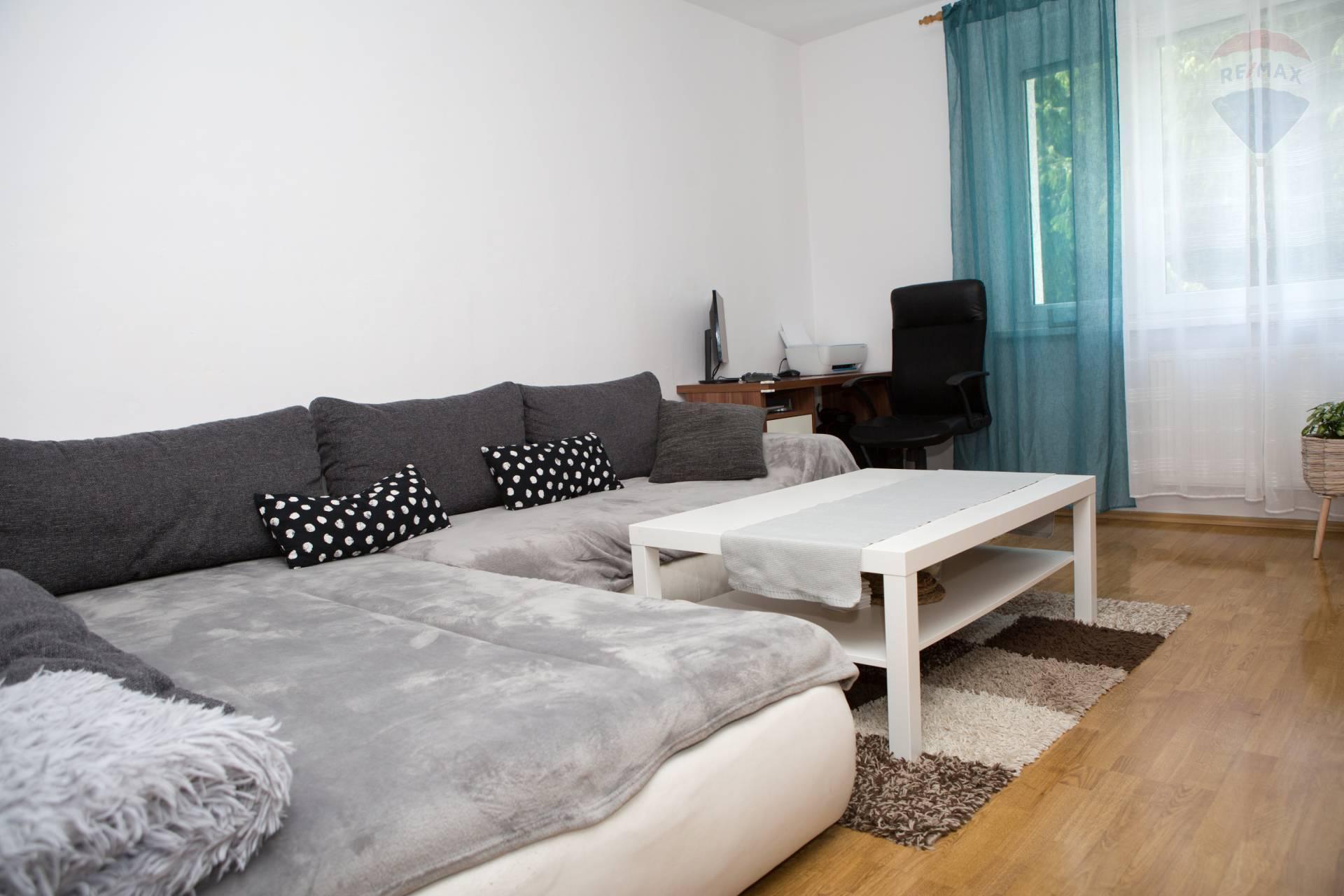 predaj 3 izbový byt Nitra, Zvolenská
