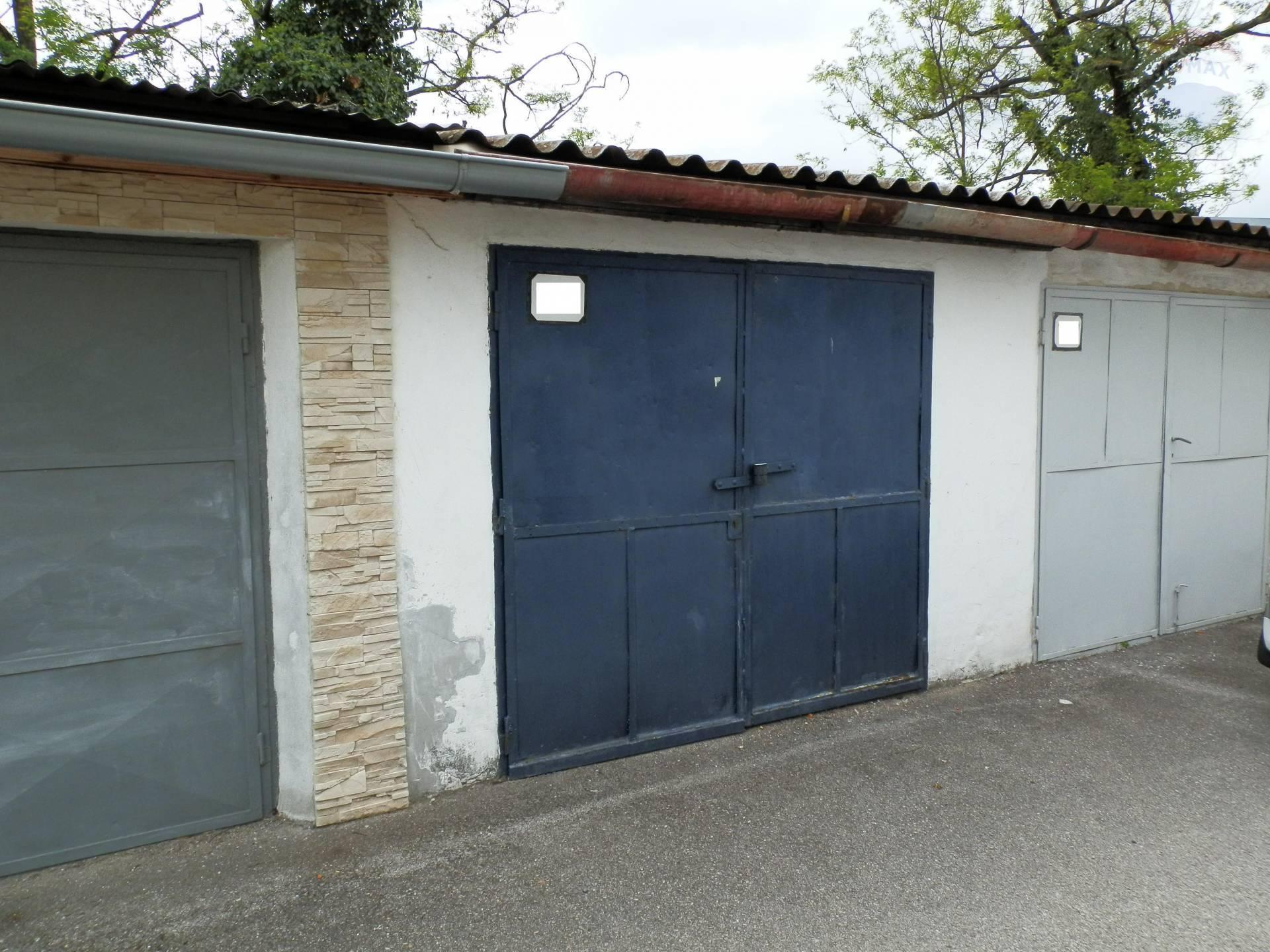 prenájom malý objekt, garáž Nitra, Pri Červenom kríži